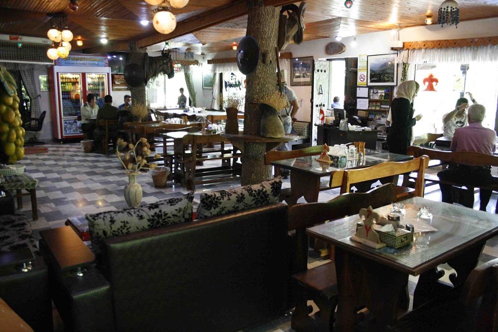 رستوران کندلوس
